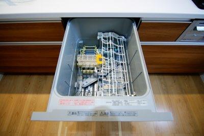 食器洗浄乾燥機は働くママにもうれしい設備!(同仕様)